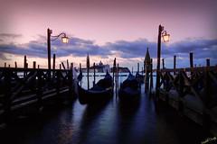 Alba (Michelecimitan) Tags: michelecimitan alba aube aurore venice venise venezia vénétie veneto italie italy italia europe europa picturesque geotagged gondole rose rosa
