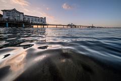 baltic evening (Rafael Zenon Wagner) Tags: seebrücke pavillion ostsee abend dämmerung nikon d810 laowa12mmf28zerod 12mm pier pavilion baltic evening dusk himmel wasser water spiegelung reflection