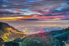 梅山36灣~火燒雲梯~ Sunset (Shang-fu Dai) Tags: 台灣 taiwan 嘉義 clouds nikon d800e sky 雲海 梅山 太平雲梯 太平老街 36灣 landscape formosa 風景 雲 戶外 天空