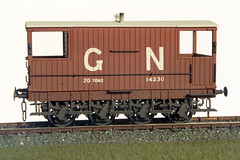 GNR 8-wheel goods brake van (Garter Blue) Tags: gnr greatnorthernrailway wagon brake van oo