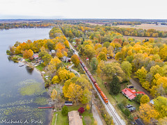 CSS 2006 @ Hudson Lake, IN (Michael Polk) Tags: chicago south shore bend railroad emd gp382 af2 freight train new carlisle hudson lake indiana fall color tree boat