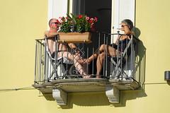 bain de soleil... (grossenbacherdaniel) Tags: tessin vacances balcon chaleur soleil
