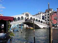 Rialto Bridge, Venice. (Country Girl 76) Tags: venice italy rialto bridge grand canal architecture buildings boats scenic mooring posts people