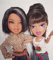 Bratz Mother Daughter Selfie (Luxtoygraphy) Tags: portia world familiez family families mother mom mum bratztvshow selfie selfies pretty prettyprincess mgae angel rockangelz bratz bratzdoll bratzdolls bratzdollz bratzfunkout bratzseries bratzthoughtz bratztv bratzflauntit bratzprincess bratzprincessyasmin princess princessyasmin treasures bratzxpressit princes xpressit rock thoughtz it out yasmin up funkout funk funkoutyasmin funkoutsasha funkoutjade funkoutcloe funky flaunt flauntit makeup bratztreasures doll dolls movie moviedoll moviedolls london passionforfashion passion4fashion angelz fashion music mga love mommy mama daughter motherdaughter