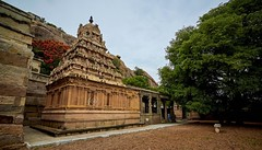 "Mahavir Jinalayam- Thirumalai - Arani-Tamilnadu (Kalai ""N"" Koyil) Tags: nikon d 5200 2018 tiruvannamalai aavnam kunthavai jinalayam thirumalai kalainkoyil tokina 1116mm tamilnadu southindiantemple architecture arani"