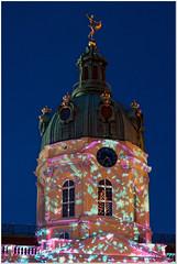 Licht am Schloß (Thomas W. Berlin) Tags: ©thowe62 2018 43 alterfritz berlin charlottenburg mft microfourthirds olympus omdem5mkii schloscharlottenburg weihnachtsmarkt