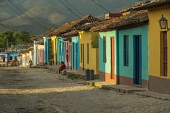 Golden hour in Trinidad (Giloustrat) Tags: trinidad cuba k3 pentax hour golden street multicolor façade porte fenetre saariysqualitypictures