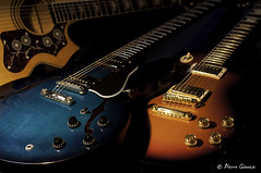 Some blue, some blues (Pierrotg2g) Tags: guitare guitar gibson bokeh