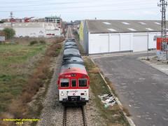 Tren de Cercanías de Renfe (Línea C-3) a su paso por XIRIVELLA (Valencia) (fernanchel) Tags: поезд bahnhöfe railway station estacion ferrocarril tren treno train rodalies cercanias c3 spain chirivella xirivella renfe adif