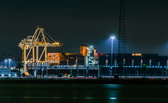 hanjin aristocrat (pbo31) Tags: eastbay alamedacounty nikon d810 color night dark black january 2019 boury pbo31 lightstream traffic motion roadway emeryville oakland marina port container ship crane harbor sail