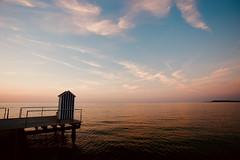 Sommer an der Ostsee (kuestenkind) Tags: sommer summer ostsee balticsea stein badehaus sonnenuntergang sunset northgermany