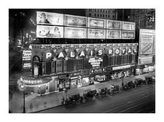 V_2150 (C&C52) Tags: paysageurbain landscape salledespectacle théâtre publicités vintageshot collector