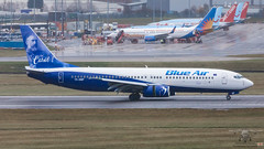 YR-BMP B738 BLUE AIR