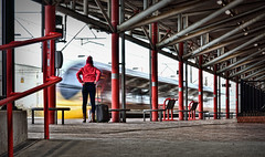 Hitchin' A Ride (whosoever2) Tags: rugby warwickshire uk gb england virgin trains railway railroad station girl pendolino class390 motionblur nikon d7100