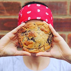 #ThrowbackThursday to that time when everyone was taking pictures of their #bombomcookieface 😆🍪 any more out there? . #bombompatisserie #cookie #baristalife #cookiesforlife #freshlybaked (bombompatisserie) Tags: loughborough cake cafe bom patisserie