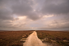 Drako (IM depiction) Tags: landscape landscapephotography countryside derbyshire peakdistrict peakdistrictnationalpark clouds autumn heather heath