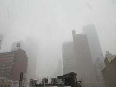 IMG_5031 (Brechtbug) Tags: 2018 november blizzard snow storm hells kitchen clinton near times square broadway nyc 11152018 new york city midtown manhattan snowing storms snowstorm winter weather building fog like foggy hell s nemo southern view ny1snow