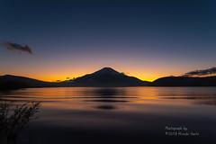 晩秋の夕暮れ (yamanaito) Tags: flickr fujisan fujiyama fuji mtfuji yamanashi japan lake yamanakako evening sunset autumn