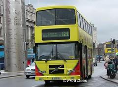 Dublin Bus RV615 (99D615). (Fred Dean Jnr) Tags: april2005 dublin dublinbus busathacliath volvo olympian alexander r oconnellstreetdublin rv615 99d615 todayfm alloverad dublinbusroute121 v307jmb