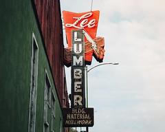Lee Lumber Liquidated (hartsaw) Tags: sign vintage signage neon chicago leelumber neonsaw