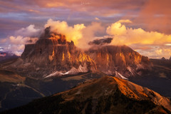 Molto Bella (lahorstman) Tags: dolomites italy mountain sunset clouds lahorstmanphotography seceda