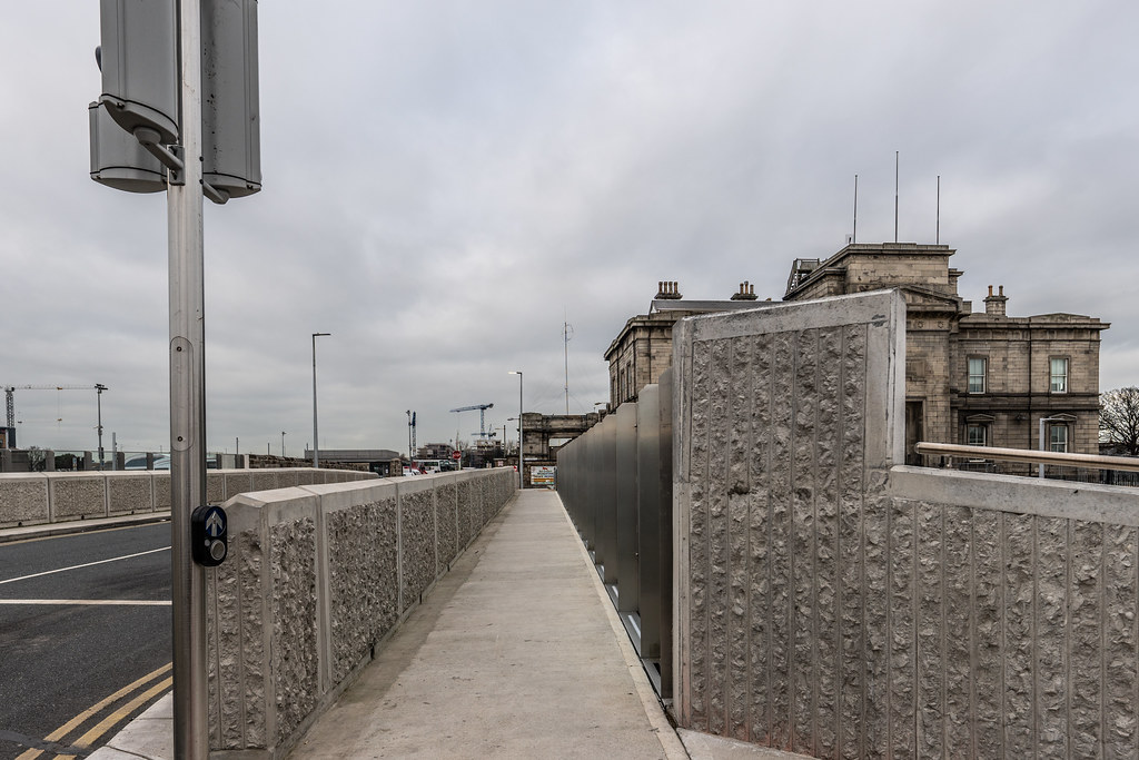 LIMITED ACCESS TO THE GRANGEGORMAN CAMPUS EAST-WEST CYCLE PATH [GRANGEGORMAN STATION AND LUAS TRAM STOP]-147391
