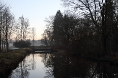 Winter canal (dididumm) Tags: winter cold sunset evening dusk reflection water tree trees bridge river canal channel kanal fluss brücke bäume baum wasser spiegelung dämmerung abenddämmerung abend sonnenuntergang kälte