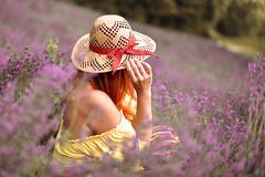 Lavanda (Serena.Sali) Tags: lavanda donna cappello bokeh lavander flowers spring sweet
