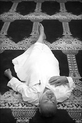 rest of the world (bostankorkulugu) Tags: alaqsamosque templemount jerusalem carpet islam holyland israel islamicarchitecture mosque man asleep arab palestine muslim