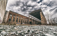 Hajógyár a múltból (hispan.hun) Tags: ship ships abandoned factory budapest hungary ghost ghosttown creepy industrial samyang wideangle wide sonyphotography sony sonya7iii sonyimages sonyalpha mirrorless sonya7 manualfocus cloudy clouds time