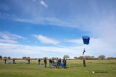 Target landing 7681 (kathypaynter.com) Tags: eloy eloyarizona eloyaz arizona az parachute parachutes jump jumper jumpers tandem tandemjump