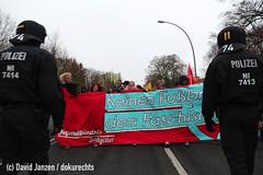 IMG_0159 (DokuRechts) Tags: npd salzgitter neonazis rechtsextremismus polizei niedersachsen nationalisten rechte aufmarsch demonstration protest jn