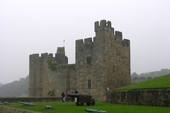 2006-09-14 Castle (beranekp) Tags: great britain england alnwick castle burg old alt history
