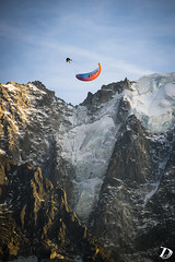 Infinty Tumbling above Chamonix ©DamienDeschamps (deschdam6@gmail.com) Tags: ajouter des tags parapente paragliding chamonix montblanc mont blanc sky sport photography action freestyle extreme mountains glacier alps alpes france landscape paysages outdoors adventure blue clouds