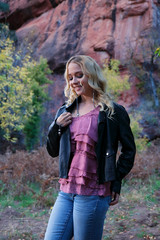Kim by Colorful Bluff (eoscatchlight) Tags: westforkoakcreektrail sedona arizona model modeling strobist alien bees blonde