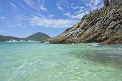 Mar verde ou azul? (mcvmjr1971) Tags: red arraial do cabo rio janeiro praia farol nikon d7000 lens tokina 1116mm f28 outex