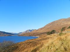 Loch Cluanie, Highlands of Scotland, Nov 2018 (allanmaciver) Tags: loch cluanie highlands scotland autumn shade colours blue water sky scenery allanmaciver