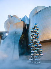 Water Art at Guggenheim (michael.heiss) Tags: spain spanien baskenland basque bilbao waterart wasserkunst guggenheim