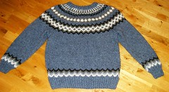 Steel blue icelandic sweater (Mytwist) Tags: íslensk reykjavik icelandic iceland isle ullar lopi peysa classic heritage craft bulky retro timeless vintage traditional design pattern stitch jaquard sweater jumper pullover laine chunky cozy spanis88 ankis hylte