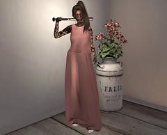 Hide Your Crazy (Madeline Bouvier-LaCroix) Tags: bamse asteroidbox reign attic tableauvivant amala nanika