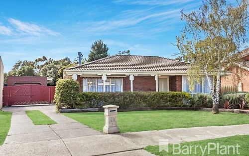 6 Lilac Ct, Mill Park VIC 3082
