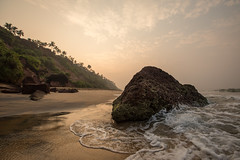 Down by the Sea, Varkala (Geraint Rowland Photography) Tags: coast coastline beach indianbeaches varkalabeachearlydoors kerala india rock sand wideangle lowperspective sun summer sunshine light golden waves water ocean sea wwwgeraintrowlandcouk canon canonindia mountains cliffs landscapes majestic wanderlust beauty condenaste lonelyplanet gettyimages roughguides sky sunrise morning dawn dawnpatrol geraintrowlandindia