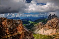 Zu Fuß über die Alpen (angelofruhr) Tags: saariysqualitypictures alpen berge gipfel bozen südtirol italy italien trentino altoadige