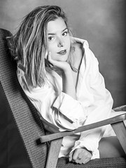 IMG_4316 (photo.bymau) Tags: bymau canon 5d modele shooting indoor interieur flash portrait girl