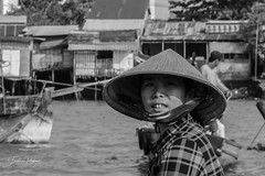 Floating market (fredericpecheux) Tags: floating market mekong asia vietnam bw nb canon happyplanet asiafavorites