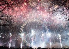 DSC04695-Edit-1 (z70photo) Tags: fireworks newyearseve london londoneye londonstreets celebration