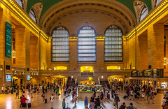 Grand Central Main Concourse (Eridony (Instagram: eridony_prime)) Tags: newyorkcity newyorkcounty newyork nyc manhattan midtown trainstation interior historic nrhp nationalregisterofhistoricplaces nationalhistoriclandmark constructed1913