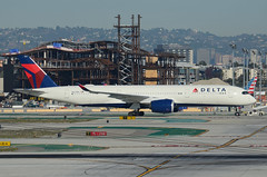 Delta Airlines A350-941 (N507DN) - LAX Taxiway C  (2) (hsckcwong) Tags: deltaairlines a350941 a350900 n507dn lax klax airbusa350
