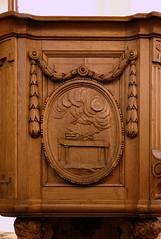 Vlierbeek, Kessel-Lo, Leuven, abdij, pulpit, detail (groenling) Tags: vlierbeek kessello leuven belgië belgium vlaanderen flanders be abbey abdij pulpit preekstoel wood carving woodcarving hout snijwerk houtsnijwerk sacrifice offer
