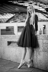 Katja (ecker) Tags: bw ballett city cologne deutschland frau gebäude germany haus köln mauer sw stadt tanz tänzerin ballet blackandwhite building dance dancer girl house monochrome schwarzweis wall woman nw sony a7 zeiss batis 85mm zeissbatis1885 sonnar batis1885 alpha ⍺7 sonya7iii ilce7m3 a7iii ⍺7iii 18 ƒ18 fotoshooting shooting austrianphotographer femalemodel beautiful beauty pretty cute model photography modelphotography
